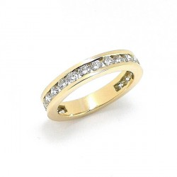 Yellow gold diamond wedding band ring