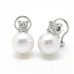 Whtie Gold pearl diamond earrings